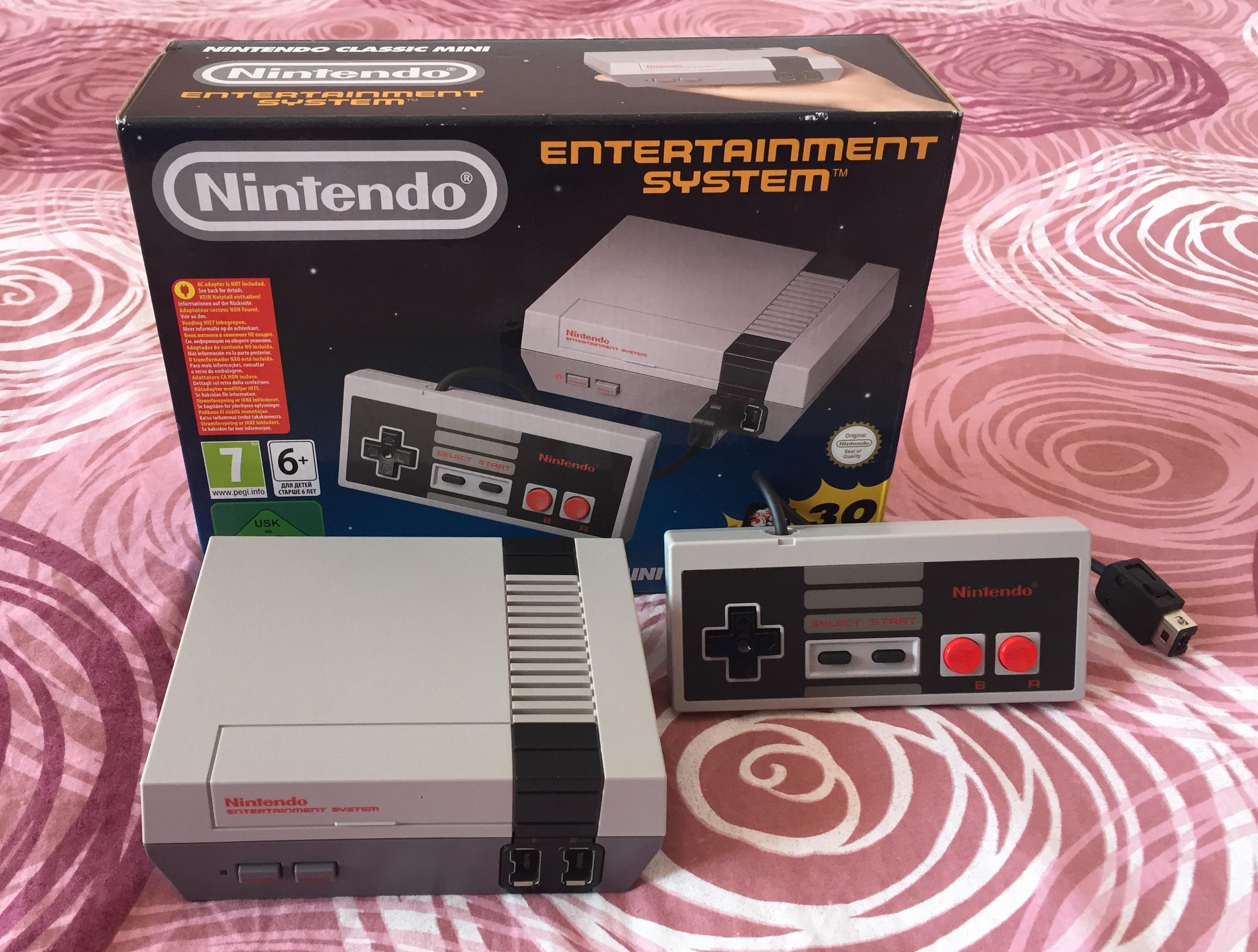 NES Classic Mini - getting ready for some 8-bit retro gaming